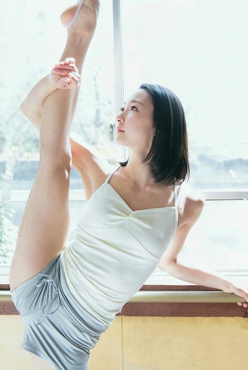 《罗小黑战记》发周笔畅推广主题曲MV,第三轮全国点映霸气开启