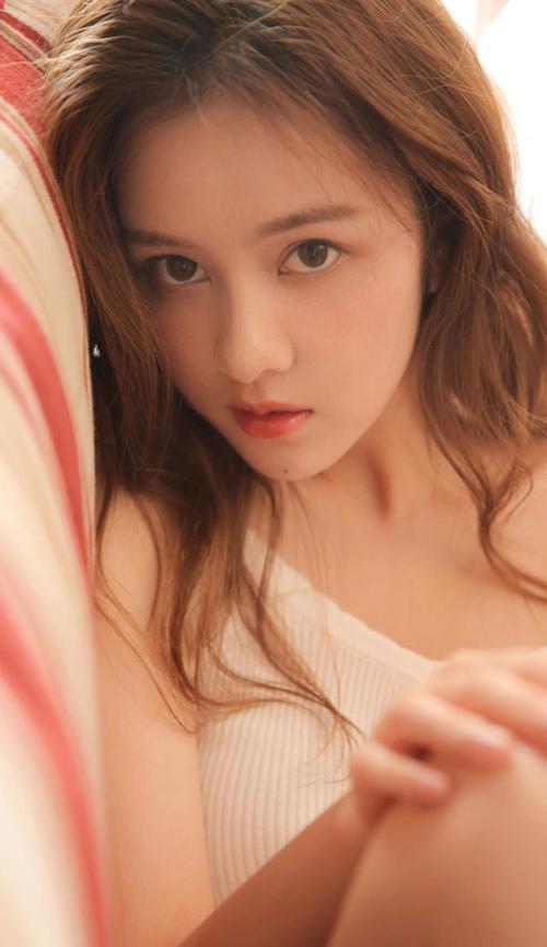 斗罗大陆:唐月华弹竖琴,有谁注意到她的胳膊?竟比唐三还要壮!relife重返17岁